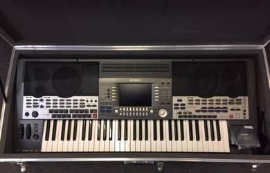 Yamaha PSR 9000 Keyboard In Heavy Duty Case