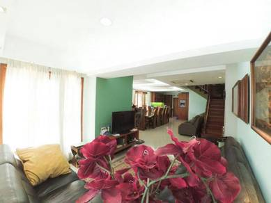 End Lot Double Story Fully Renovated Near Town Ampang