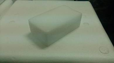 Dry ice /ais kering