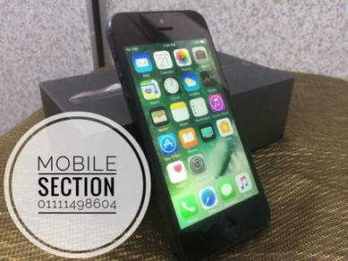 Iphone 5 16 gb fullset condition 97 % like new