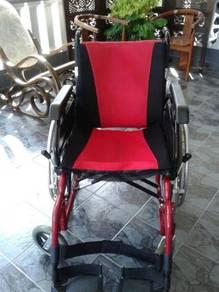 Kerusi Roda (Wheel Chair)