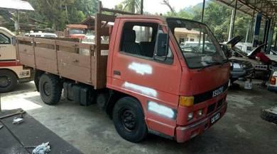 Isuzu Nhr 1Tan.Diesel.2.8cc.1990