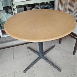 Table/ hardboard/ 3 feet