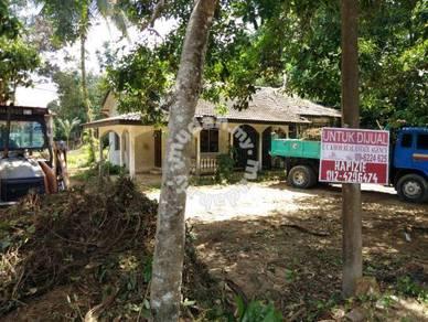 Banglo setingkat, dekat Hospital USM Kubang Kerian