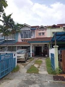 Subang Bestari Terrace - Jalan Nova - Dekat Surau - Depan tiada rumah