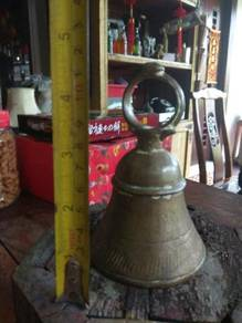 Cpe antique copper bell vintage old lama antik