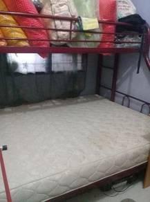Katil dua tingkat besi solid(tnpa tilam)
