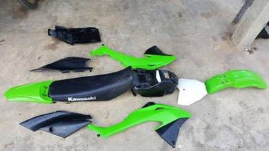 ORIGINAL KLX150 BF Plastic kit