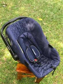 Mothercare Carseat (0-13 Kg)