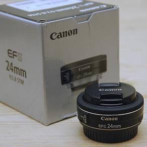 Canon EF 24mm f/2.8 STM EF-S lens
