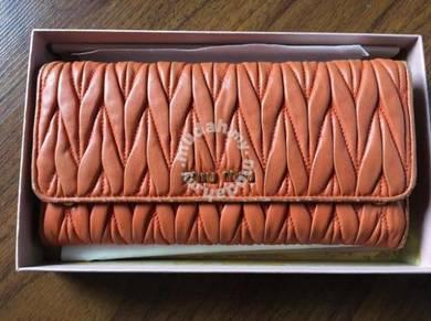 PRE-LOVED MIUMIU Wallet