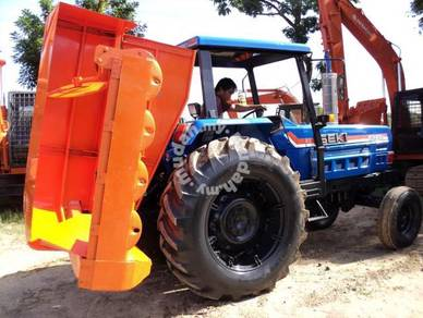 Japan Imported Iseki Tractor with Grass Cutter