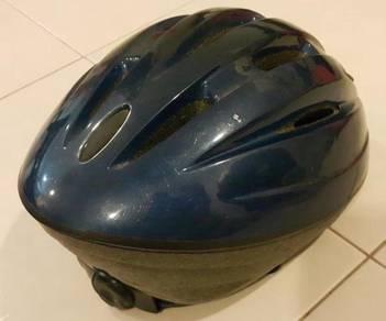 Children bicycles helmet Toys R Us topi keledar