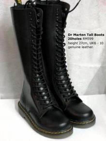Dr Marten Tall Boots 20holes Black