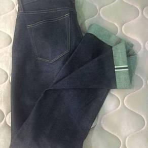 Uniqlo original butik kepala kain