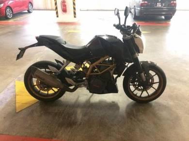 KTM Duke 390 - 2014 (Akrapovic)