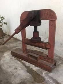 Paviour Block Cutter
