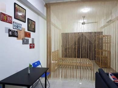 Hyve Soho Suites Cyberjaya, Shaftsbury, Cheap and Nice Full furnished