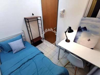 (1st Month Free Rental) Near MRT, Cozy Room Palm Spring