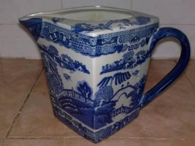 Teko antique Ringtons tea jar pitcher