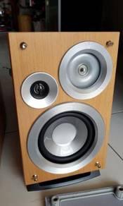 Panasonic speaker set, SB-PM900.