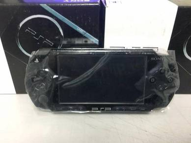Sony PSP 1000 with 8GB Full Game