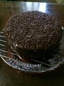 Chocolate moist cake and moist strawberry for orde
