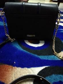 Vincci bags . its nice for girls / women