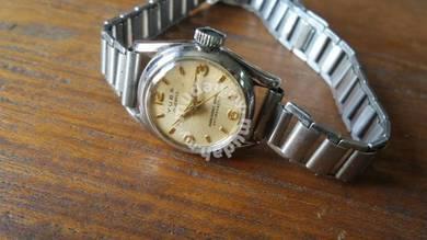 Vintage YUBA Lady Watches