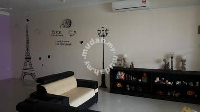 Air Con cozy room fully furnished wifi Merlin 8th mile Kuching