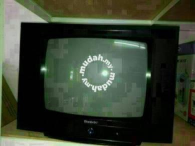 Tv Kotak isonic 21 inci