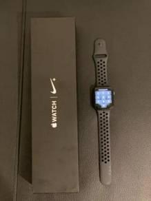 Apple watch 4 44mm Nike Version