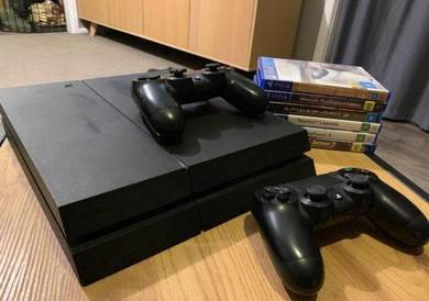 Playstation 4 Excellent Condition