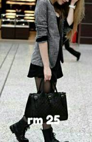 Elegant handbag in black