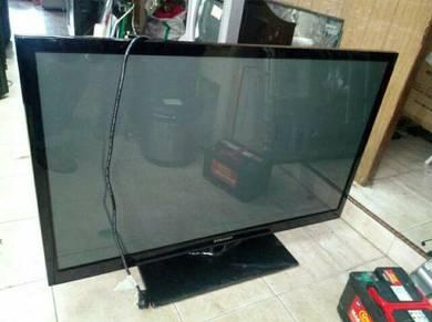 Sedang mencari tv lcd atau led