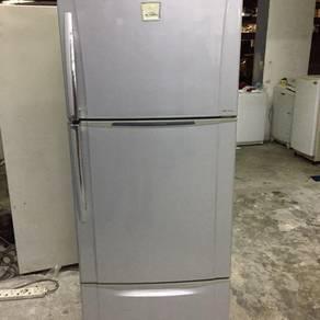 Toshiba 3 pintu peti fridge sejuk 3 pintu
