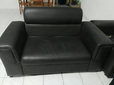 Sofas in black colours.
