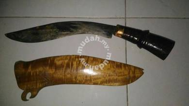 Handmade knife (collectible item)