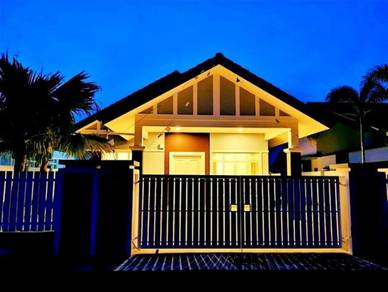 Single Storey Bungalow 50' x 85'