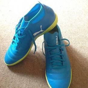 Futsal Shoes Puma One