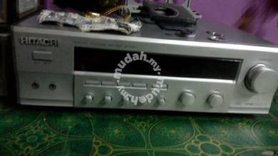 Hitachi power amp with surround system