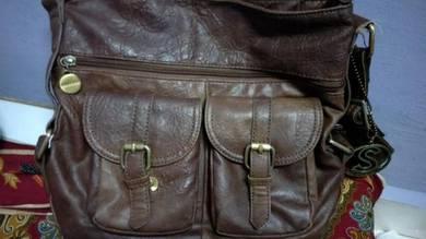 Sembonia Leather Handbag