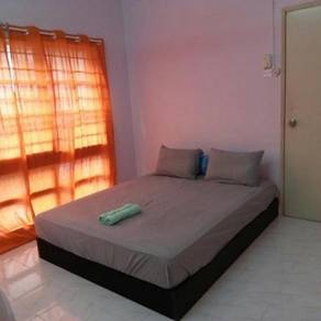 Homestay Room Damansara Damai Petaling Jaya