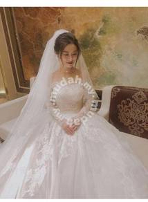 White long sleeve wedding bridal gown RB1413