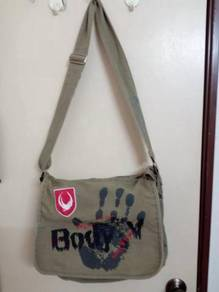 Body Glove Bag