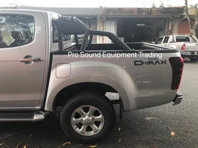 Isuzu D-MAX Sporty Black Metal Roll Bar