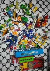 Lot mix toys