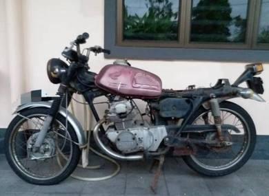 Honda CB175 1970s Japan yamaha bsa norton triumph