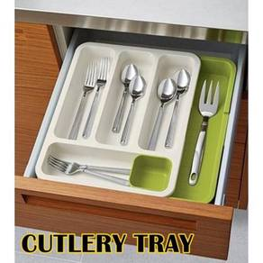 Expandable cutlery tray organizer 02