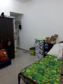 Master Bedroom in Kampung Tunku